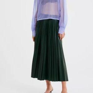 ZARA Dark Green Accordion Pleated Skirt  S Shinny